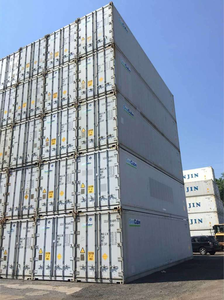 About Us at Portables360 - image of stacked box trailers