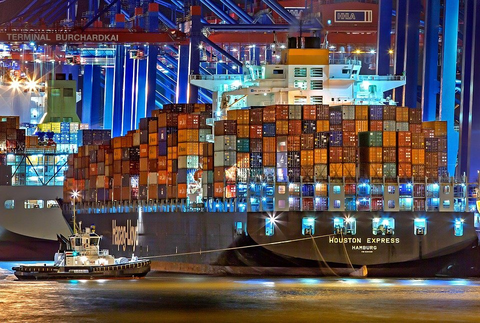Weather Resistant Shipping Containers